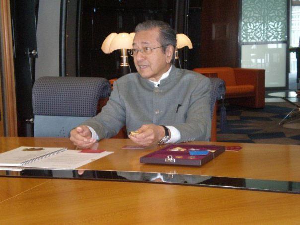 meeting-with-tun-dr-mahathir-2.jpg