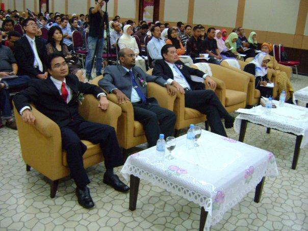 seminar_krisis_kewangan_dan_peranan_emas_4.jpg
