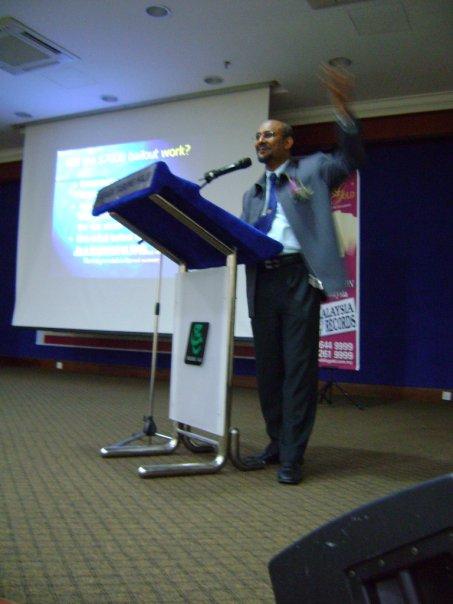 seminar_krisis_kewangan_dan_peranan_emas_8.jpg